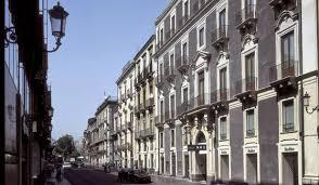 Una Hotel Palace strada